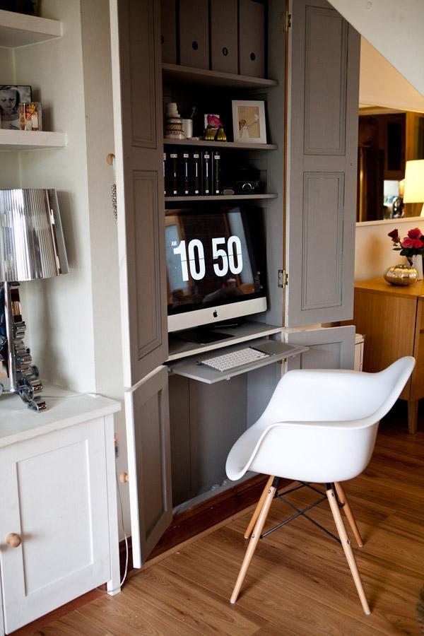gain de place cr ez votre bureau dans une armoire. Black Bedroom Furniture Sets. Home Design Ideas