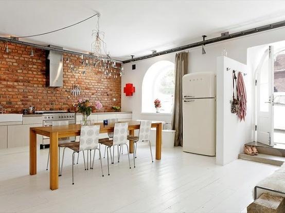 des briques pleines de charme. Black Bedroom Furniture Sets. Home Design Ideas