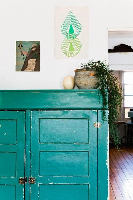 green-dresser