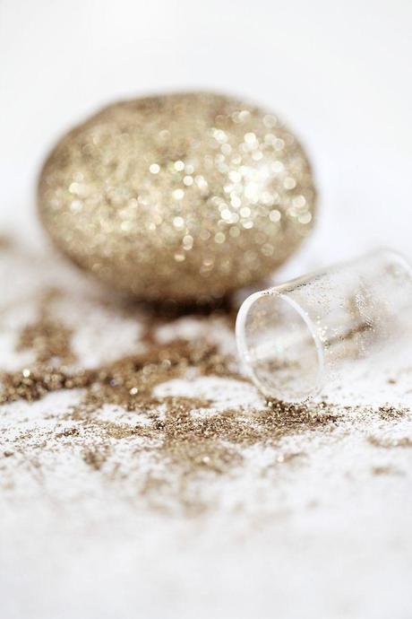 Diy pâques; glitter eggs