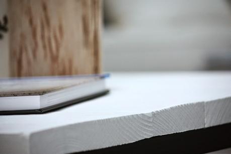 Tuto peinture une table basse unique - Proteger une table en bois brut ...