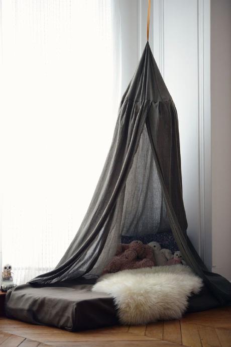 Id es d co un ciel de lit pour une chambre boh me et cosy for Tente chambre enfant