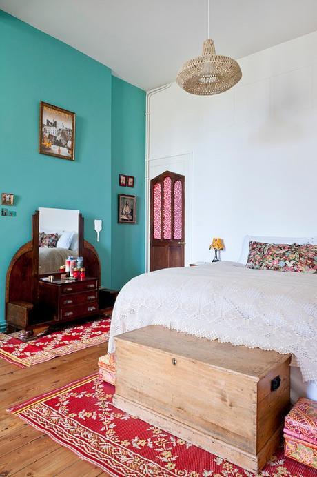 visite d une maison style ann es 50 bordeaux. Black Bedroom Furniture Sets. Home Design Ideas