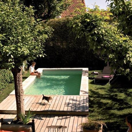 Piscine dans un petit jardin id es et inspirations - Petite piscine jardin ...