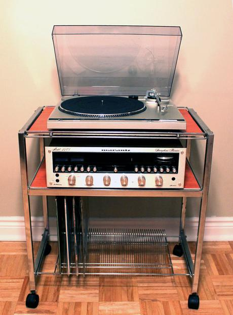 Ranger ses vinyles s lection meuble vinyle rangement platine - Vinyl a coller sur meuble ...
