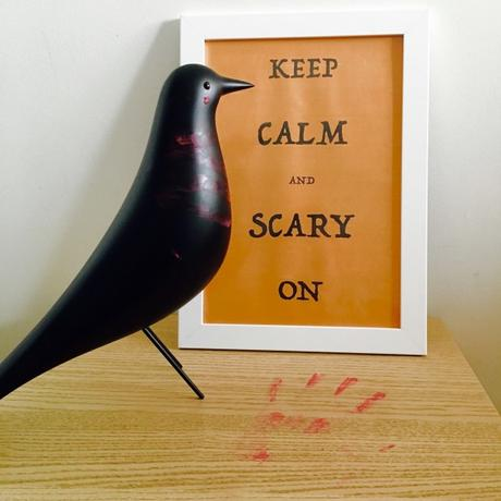 Keep calm and scary on affiche halloween gratuite.