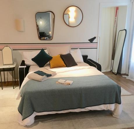 dans la boutique sarah lavoine rue du bac. Black Bedroom Furniture Sets. Home Design Ideas