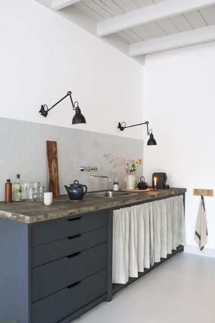 Cuisine esprit shaker pour un studio d'architecte