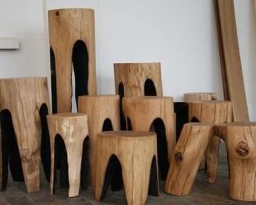 Tabouret en bois brûlé par Kaspar Hamacher
