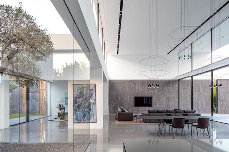 maison transparente et en verre à Tel Aviv en Israël