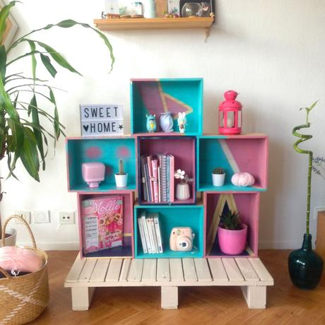 diy une biblioth que en caisses vin. Black Bedroom Furniture Sets. Home Design Ideas