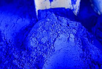 Le bleu indigo : une couleur à l'âme voyageuse
