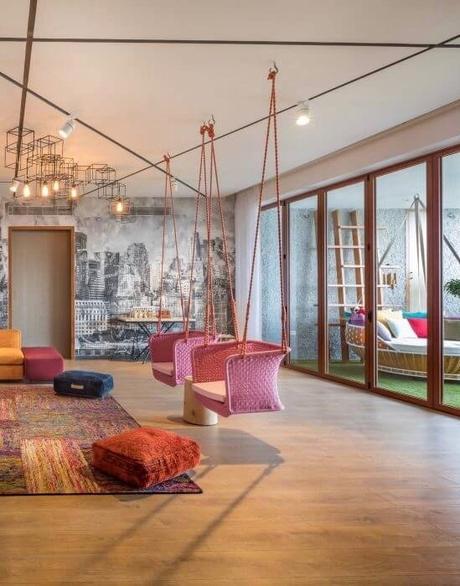 visite d co salon multicolore et m lange de style. Black Bedroom Furniture Sets. Home Design Ideas