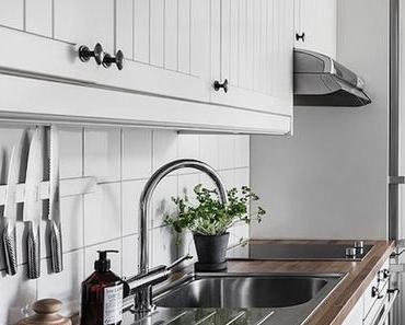 Petit appartement blanc : une déco simple à l'esprit hygge