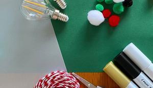 Déco ampoule usagée boules Noël upcycling