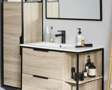 La salle de bain noire et bois : sophistiquée et tendance